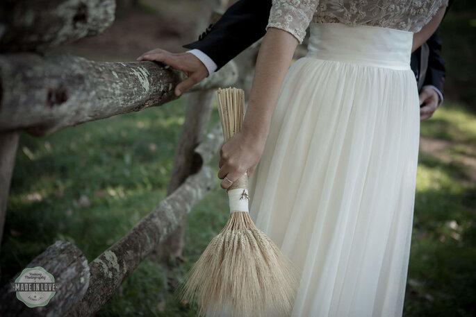 buquê de noiva com trigo