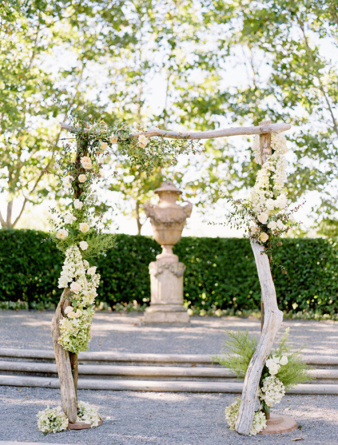 Altar de boda al aire libre - Jose Villa