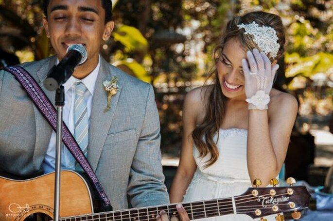 Elige al fotógrafo más profesional para que te haga una linda sesión de fotos de boda artísticas - Foto Arturo Ayala