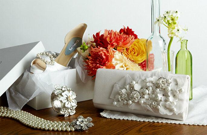 ¿Conoces la colección de complementos para novia de Oscar de la Renta?