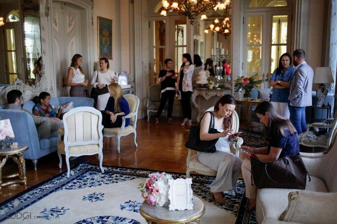 Convidados em convívio. Foto: Ludgi Fotógrafos