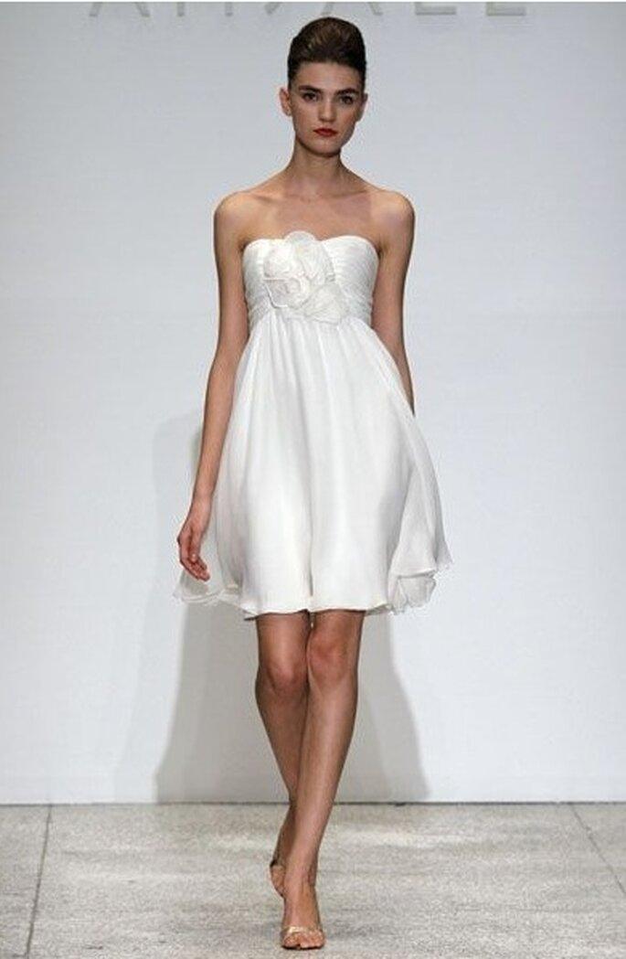 Consejos para elegir tu vestido de boda en verano - Foto Amsale