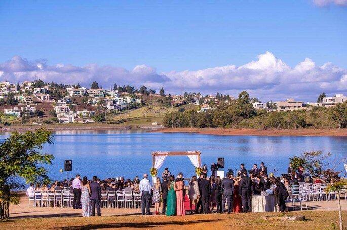 Iate Clube Lagoa dos Ingleses - Casamento ao ar livre em BH e região