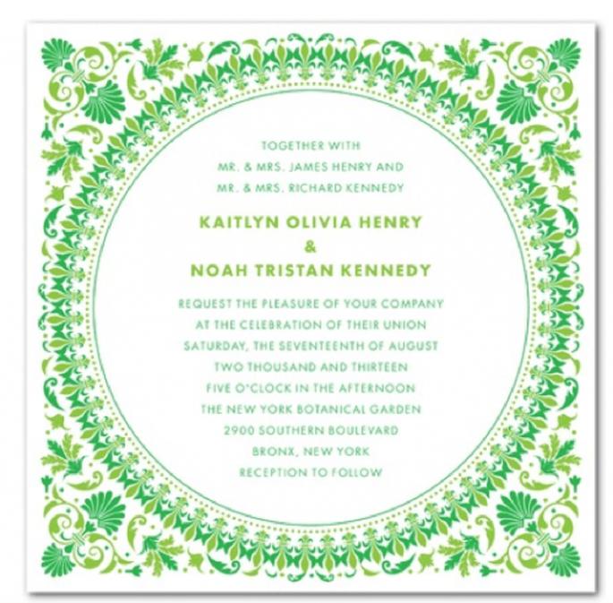 Invitación de boda con marco e ilustraciones en color verde esmeralda - Foto Wedding Paper Divas
