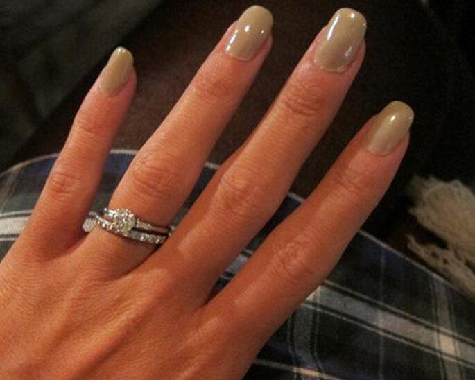 Anillos de compromiso de las famosas - Foto: Twitter Lily Allen