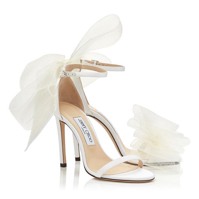Sandalias para novia con delicado lazo decorativo en el talón