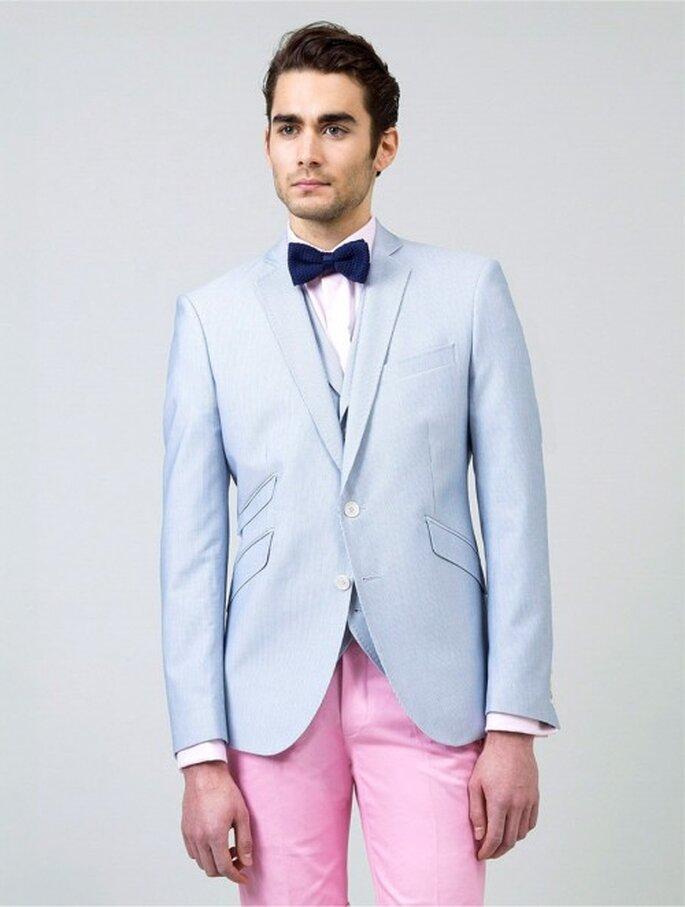 Pour les mariés plus audacieux, un costume dépareillé  et surtout un noeud papillon à porter avec une bonne dose de second degré! Photo: Samson Paris.