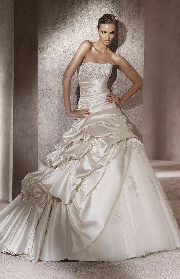 Portico - Ball Gowns - Pronovias 2012