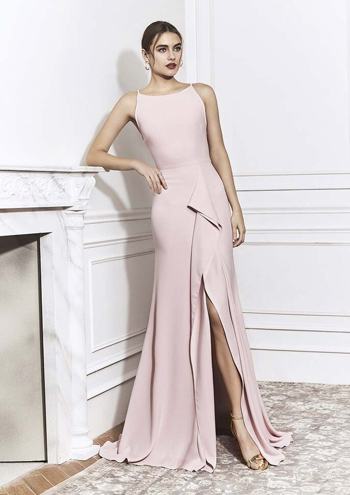 Osmoz Mariage - un modèle portant une sublime robe de soirée dénichée chez Confidence Mariage