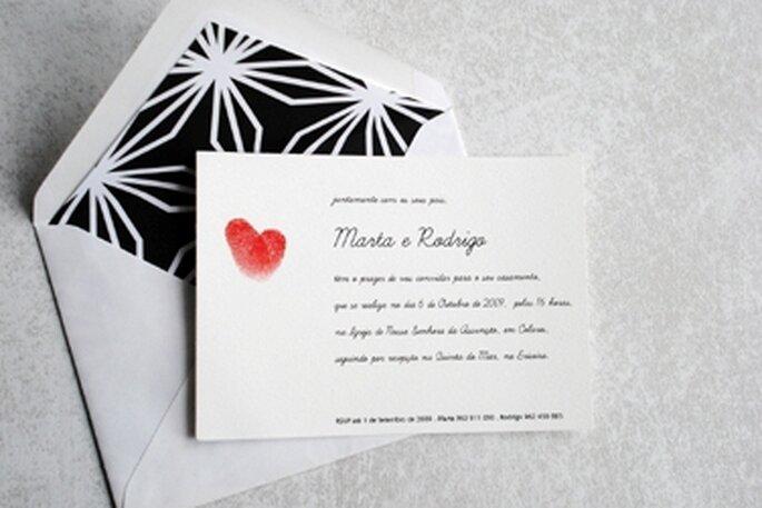 Um exemplo de um convite de casamento fácil de fazer em casa