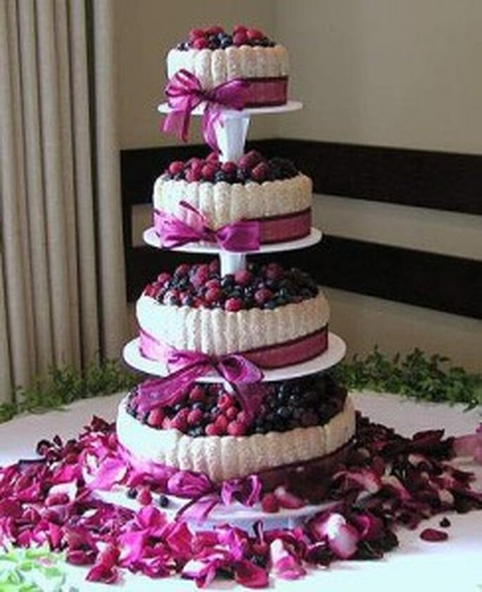 ...o una coloratissima torta di frutti di bosco!