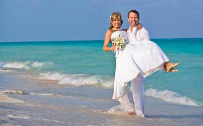 Una boda en la playa puede ser muy original. Foto: Richard Wear: