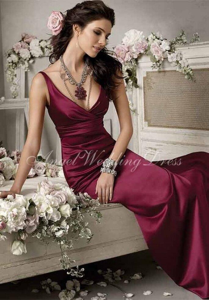 Accesorios para ir a una boda. Foto de Angel Wedding Dress