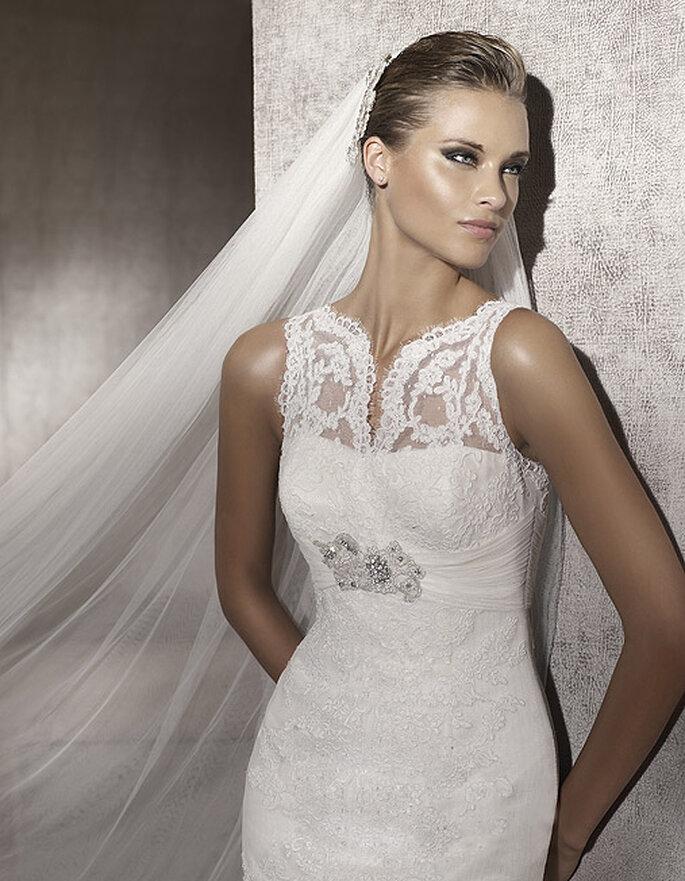 Detalles de encaje, un vestido de novia muy elegante. Modelo Palace-D. Foto: Pronovias