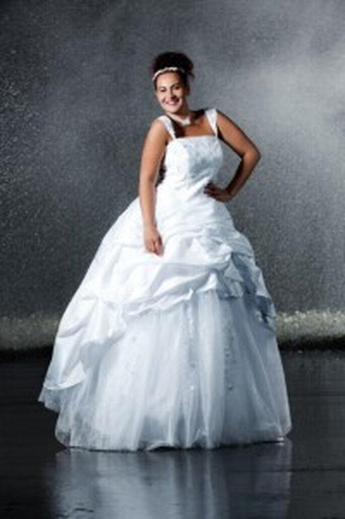 Brautkleider Fur Mollige Frauen Hochzeitskleider Fur Mehr Figur