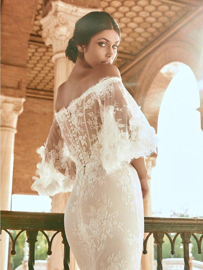 Robe de mariée transparente avec des manches