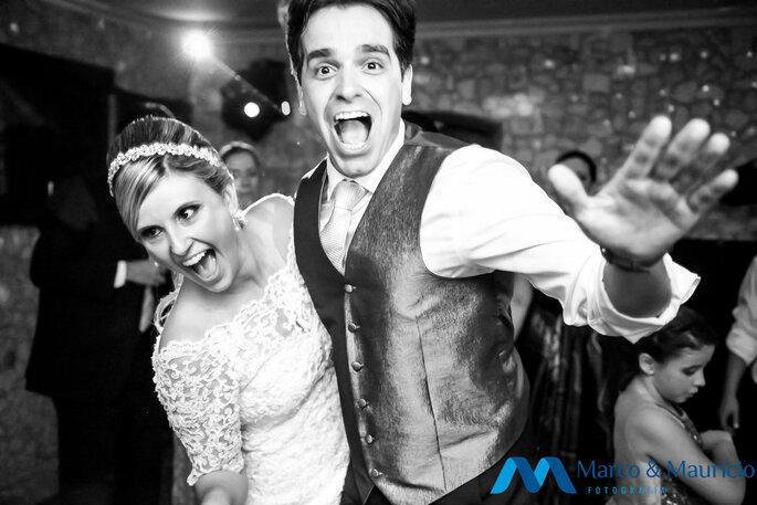 Alegria estampada no seu álbum de casamento