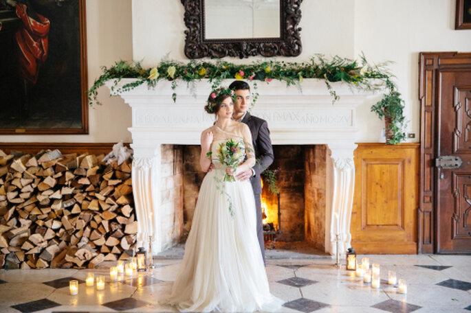 Foto: Tony Gigov, Heiraten bei knisterndem Kaminfeuer