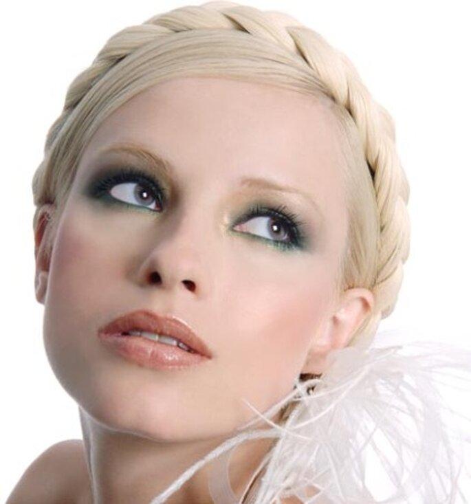 Maquillage des mariées de l'été : misez sur des tons clairs