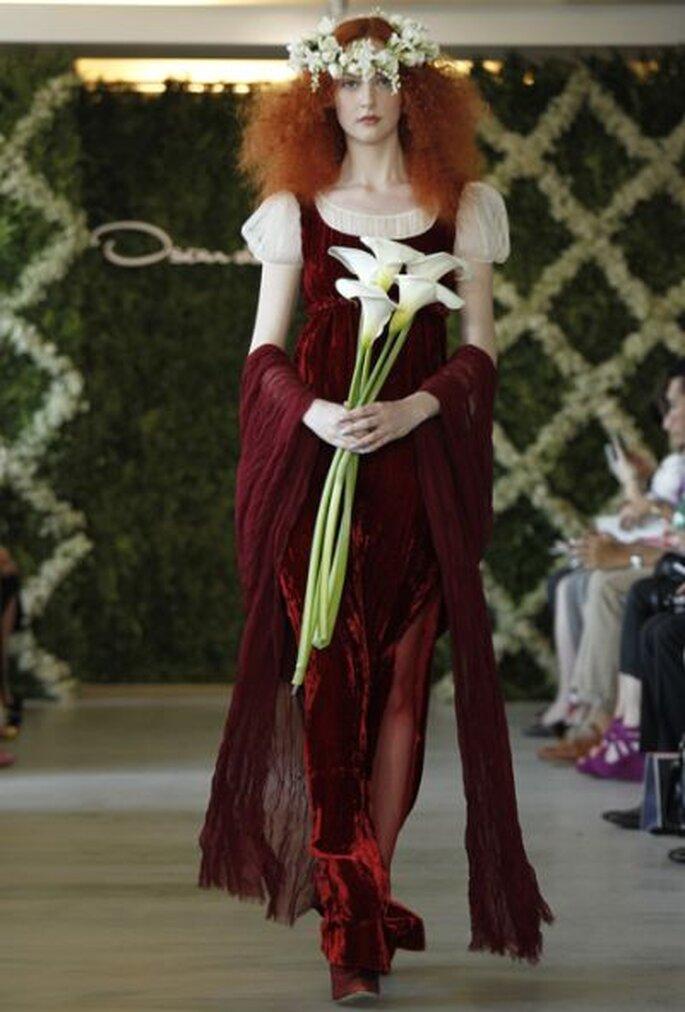 Warmes Rot für den Hochzeitstag - Oscar de la Renta