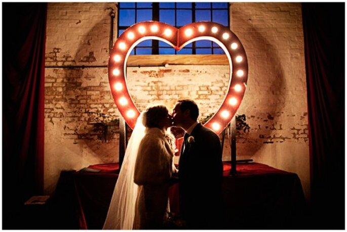 Decoración de boda con corazón. Imagen Roberto y María