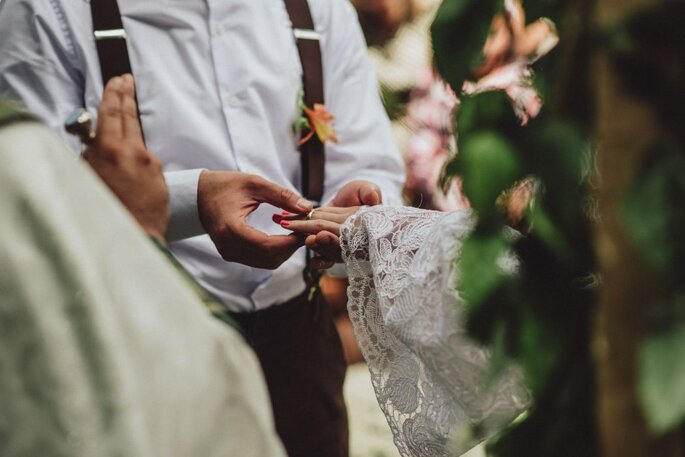 Como escolher a aliança do seu casamento em 5 passos