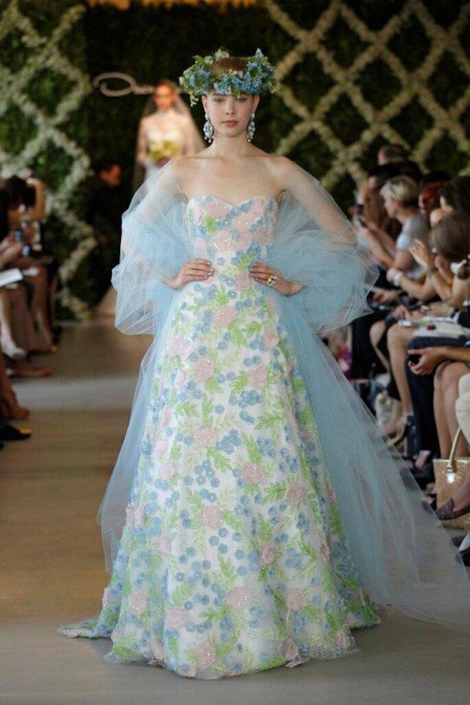 Vestidos de novia en tonos pastel de moda en 2013 - Foto Oscar de la Renta 2013