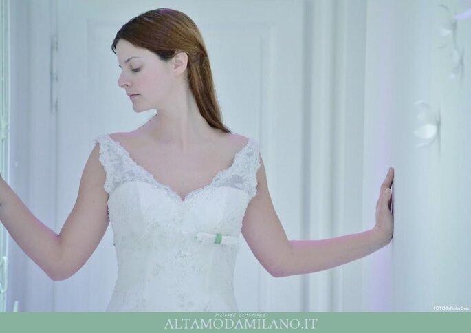 Un dettaglio dell'abito.  Foto @fotobyrobydep via www.abitisposamilano.net