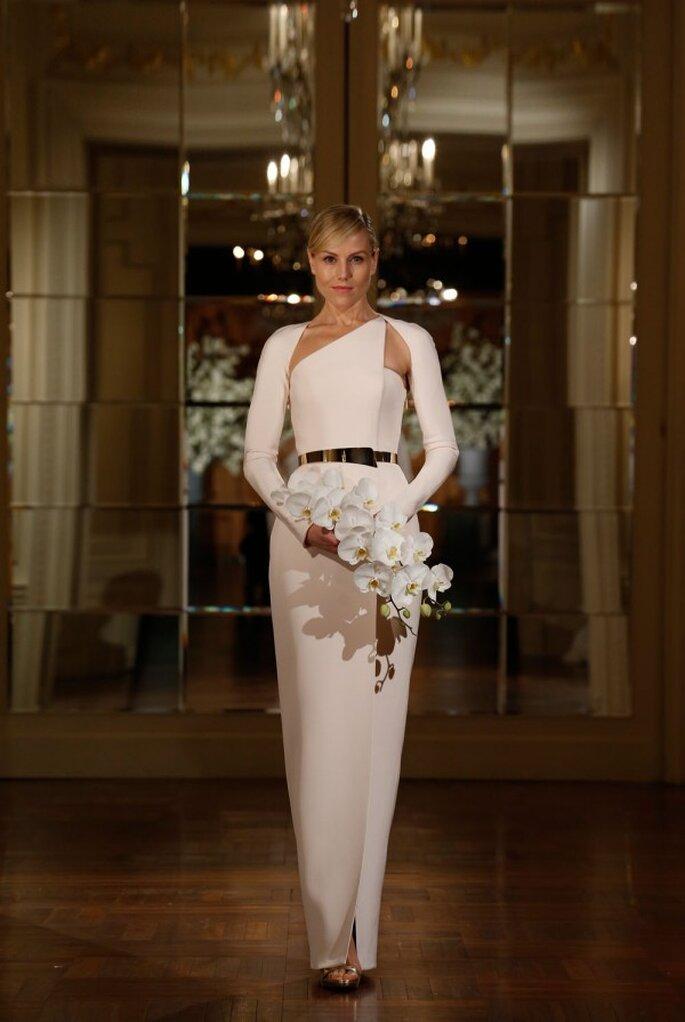 Vestidos de novia poco convencionales para las más fashionistas - Foto Romona Keveza