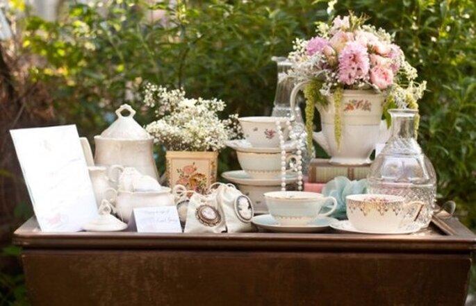 Mesa de tés para tu boda -  Foto Meghan Christine