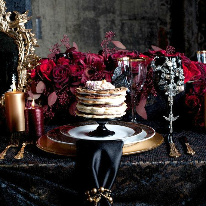 Elegant Halloween Decoration Ideas: Happy Hallowedding! Elegant Decoration Ideas Inspired By