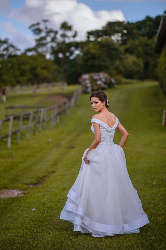 Noiva no campo