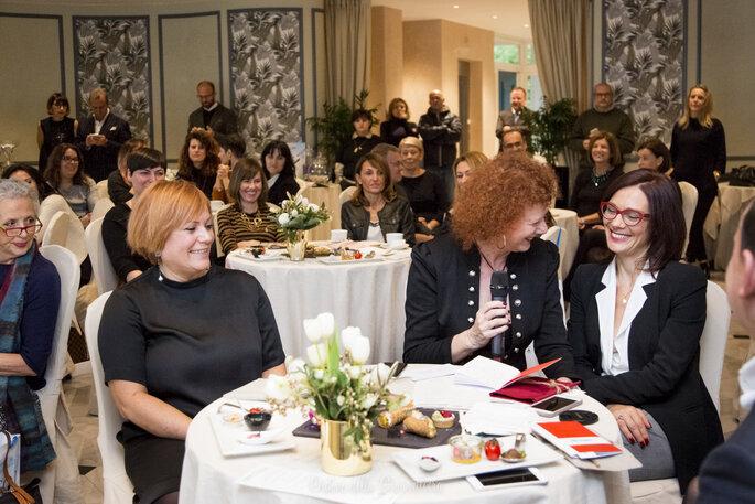 In prima fila, la tavolata di Elle, media partner ufficiale del nostro Christmas Breakfast