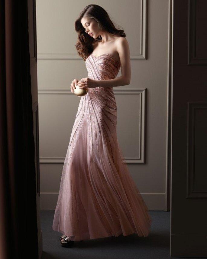 Vestido de fiesta 2014 en color rosa con apliques de pedrería y escote corazón - Foto Aire Barcelona