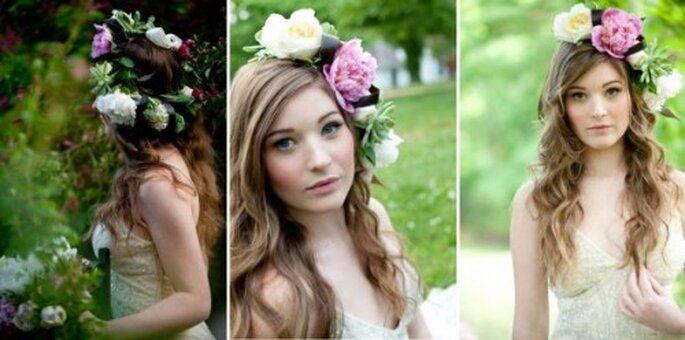 Corona di fiori per sposa. Foto di Lucia Belle Photography via Bridal Musings.