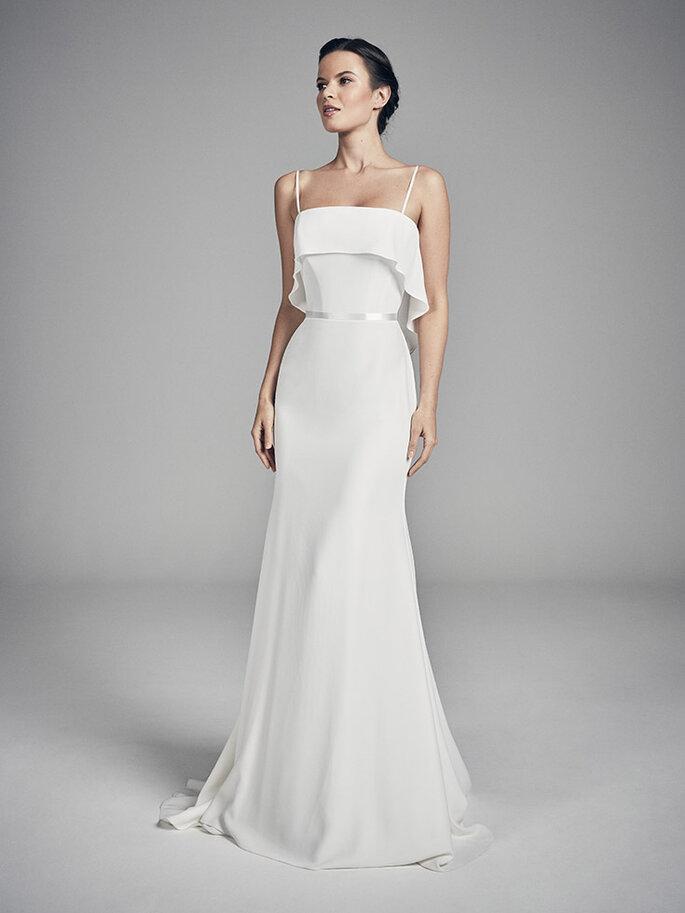 Vestidos de novia escote cuadrado corte línea A y bolero en escote