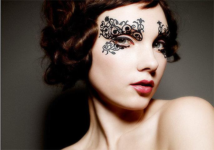 La colección incluye máscaras a modo de velo para los ojos. Foto: Face Lace