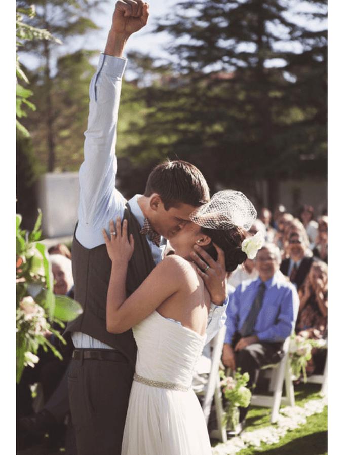 Los besos más románticos en boda - Foto Emily Blake Photography