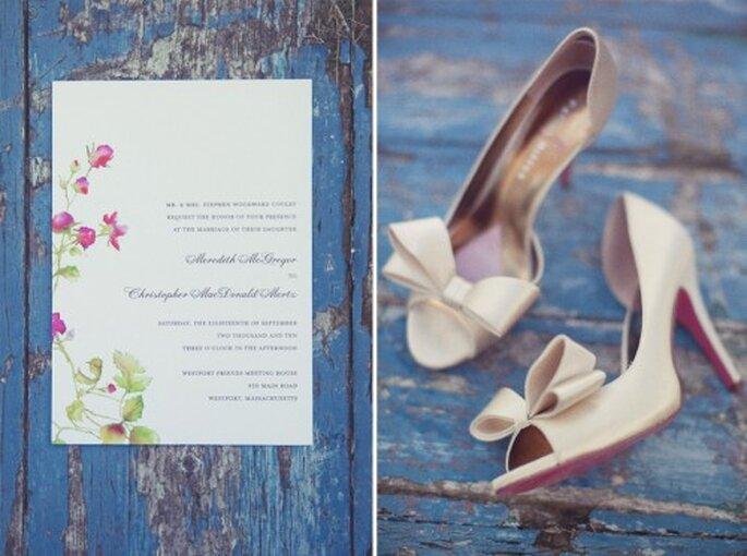 En tus fotos de boda estilo vintage no te olvides de los accesorios que conformarán tu look de novia - Foto Stephanie Williams