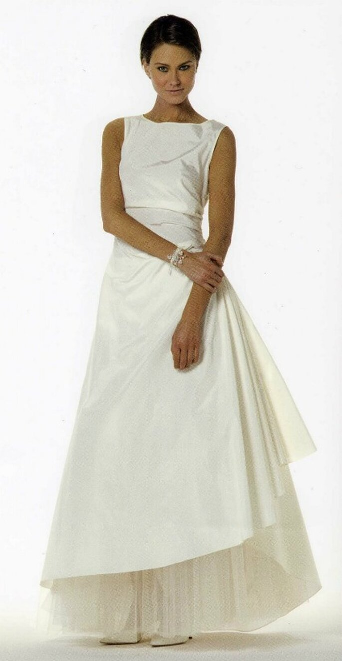 Modello ICAM Max Mara Bridal Collection 2009