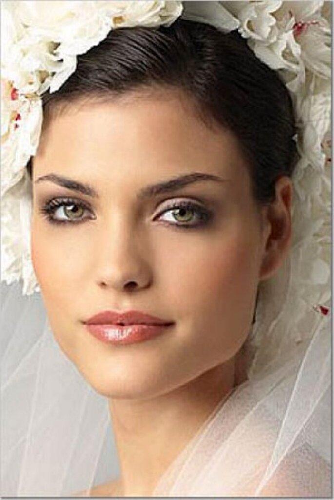 Pruebe un maquillaje diferente para el día de su boda