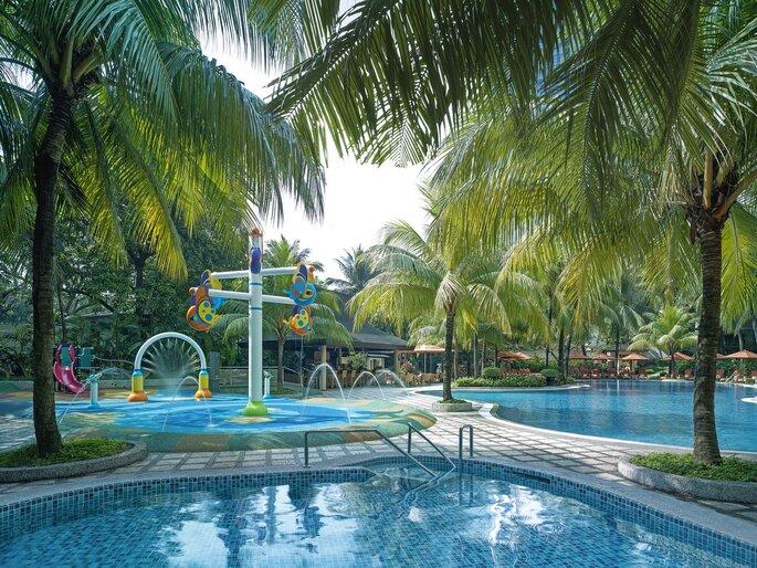Luna de miel en filipinas la ltima experiencia asi tica - Residencia de manila swimming pool ...