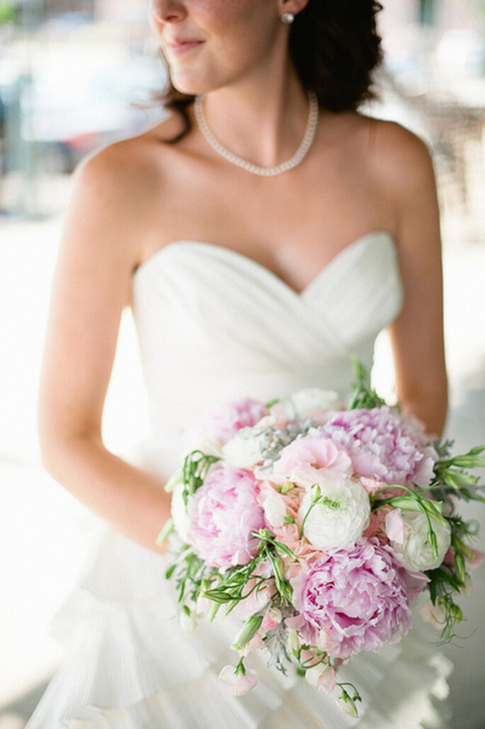 Votre lingerie de mariée se doit d'être assortie à votre robe - Photo : Jeff Sampson