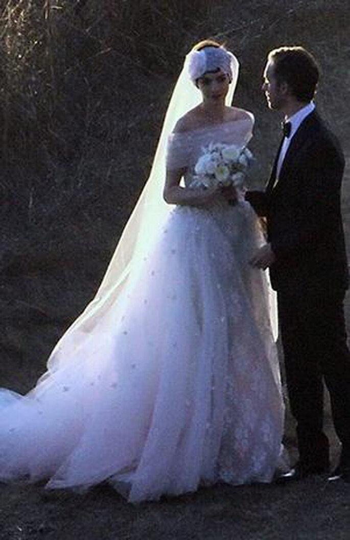 Valentino diseñó el vestido de novia de Anne Hathaway