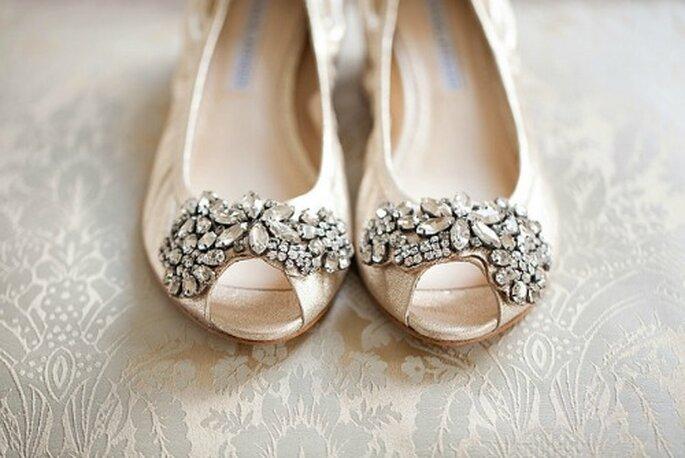 Chaussures de mariée plates : il y a l'embarras du choix - Photo : KT Merry