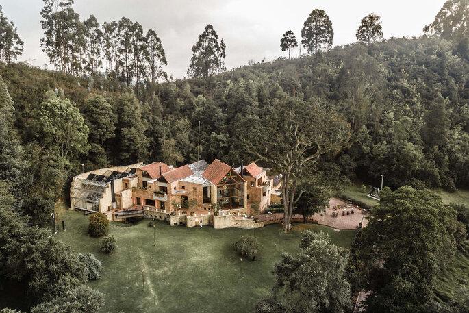 Casa Andrés. La casa que casa y otros festines Boda campestre