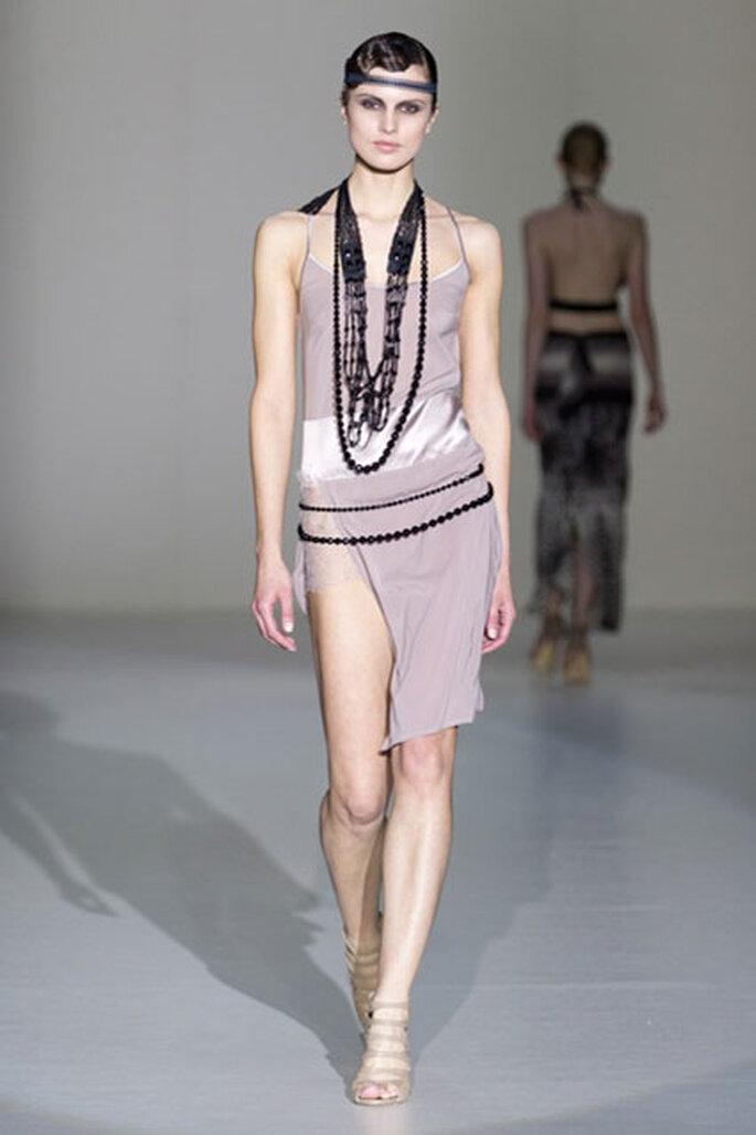 Verführerisches Kleidchen im Charlston Look