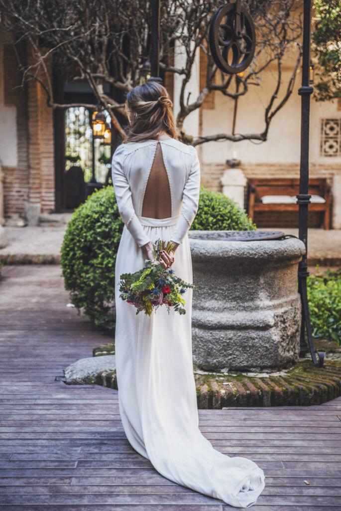 vestido-de-Alejandra-Valero-detalle-espalda-684x1024