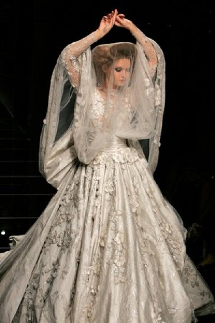 Robe de mariée Elie Saab à la touche baroque. Photo repubblica.it