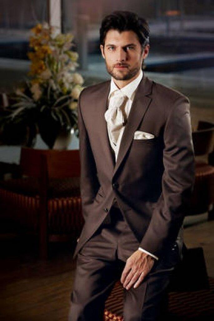 Moderner 2-Knopf Anzug aus feinster italienischer IWS-Qualität von Wilvorst Foto: Wilvorst